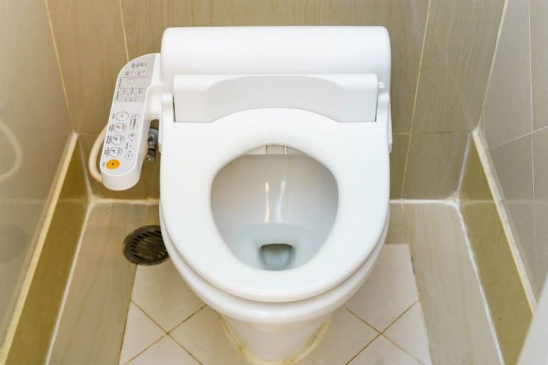 Best Non Electric Bidet: Washing Is Neither Complicated Nor Optional
