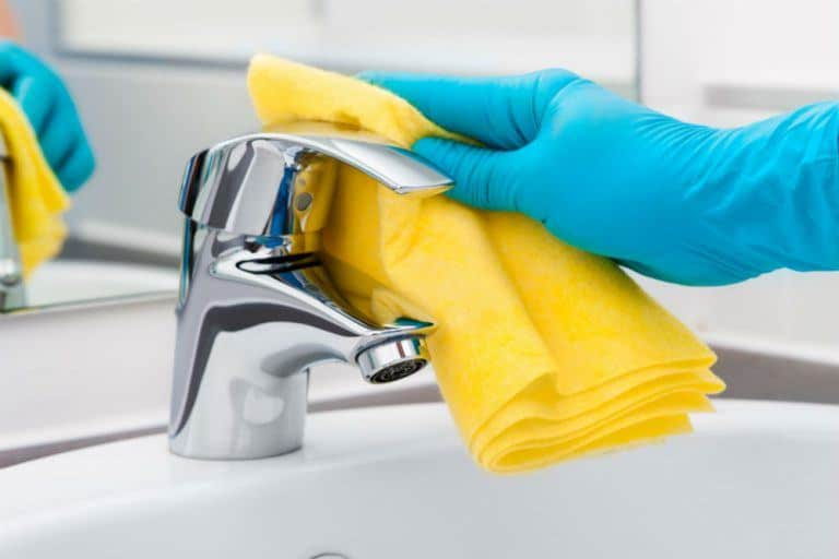 How to Clean Bathroom Faucet Handles and Faucets Effectively