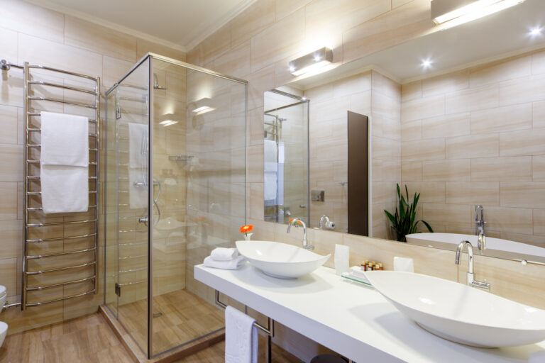 How to Remodel a Bathroom While Avoiding Common Renovation Mistakes