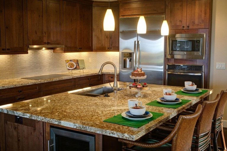 A Guide to Kitchen Cabinet Materials